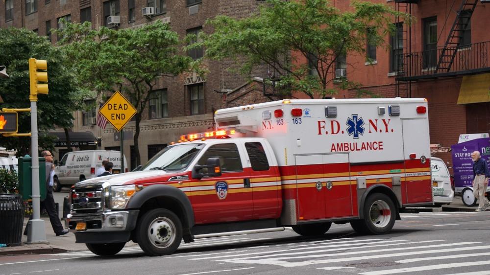ambulance-1423505_1920